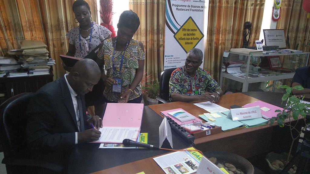 Signature d'une convention entre l'Université de Guyane et l'Université Abomey-Calavi