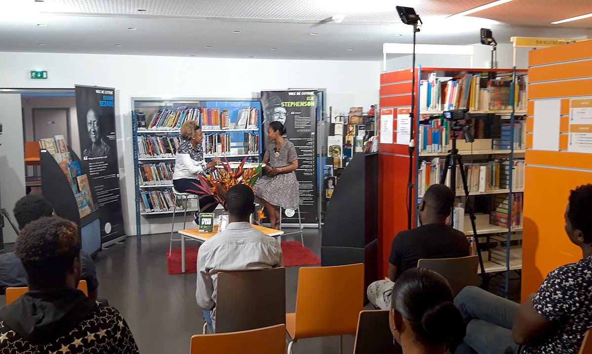 « Un livre au centre des arts ! » : lancement de la première de l'émission littéraire « Mille Bulles »