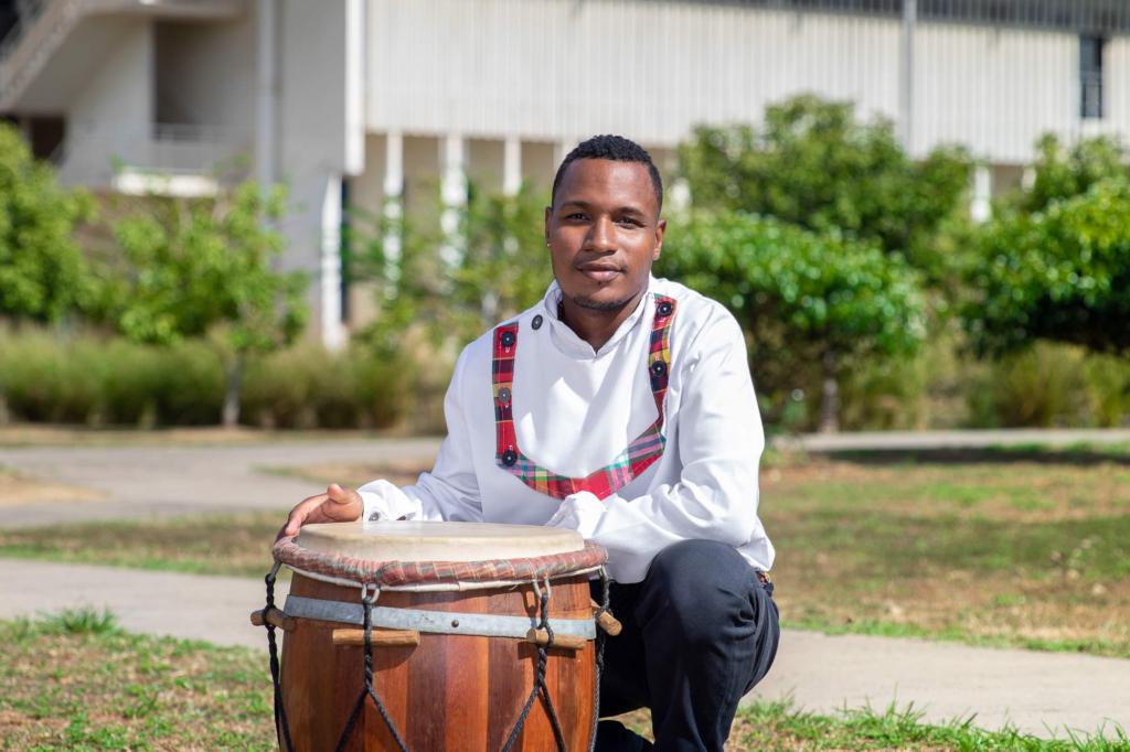 Portrait d'Endrow Phibel - Université de Guyane