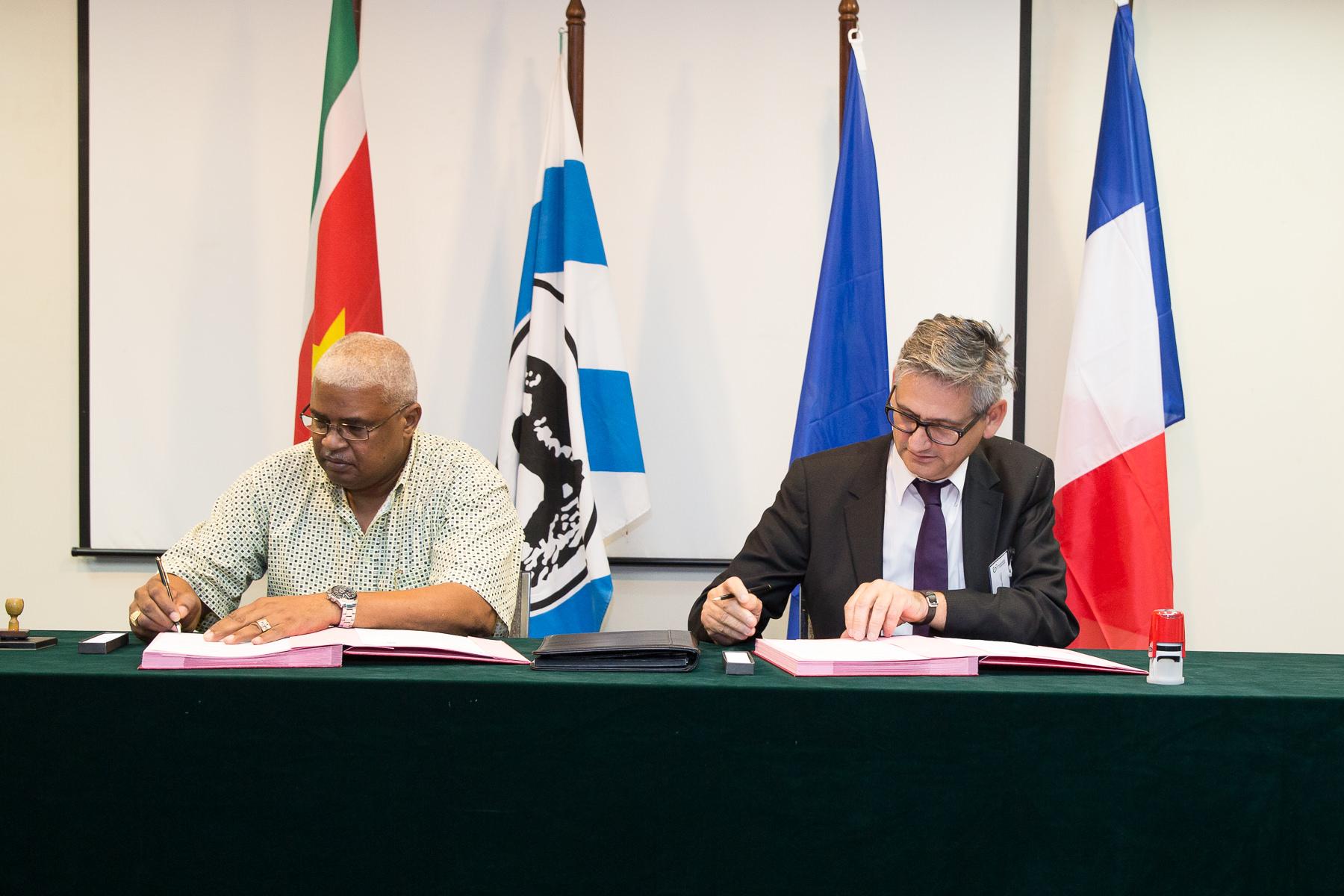 Signature d'un accord entre AdeKus et l'Université de Guyane
