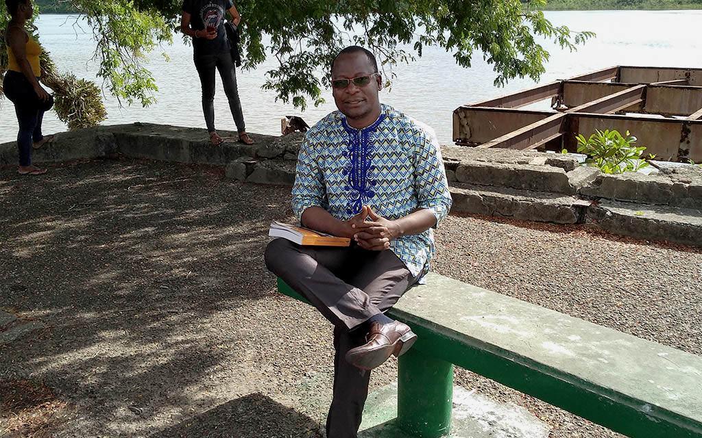 Visite du Dr LIGAN Dossou Charles à l'UG